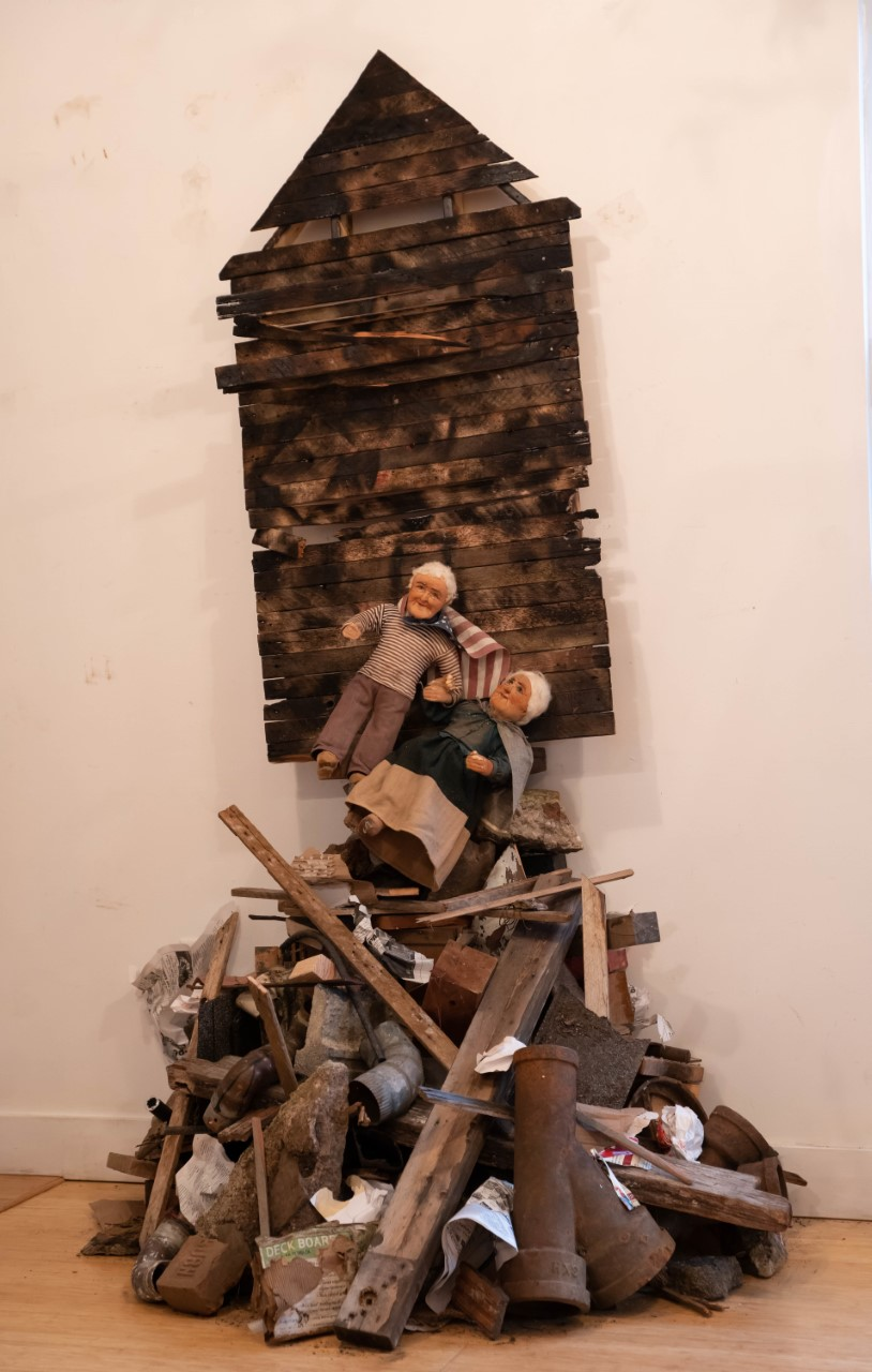 "Robert Richardson  – ""Displaced"", mixed media installation, 7ft. H x 3ft W x 3ft. D, 2020"